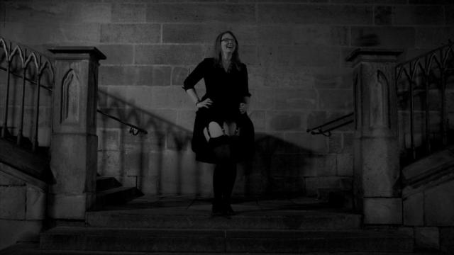 Na schodech Karlova mostu